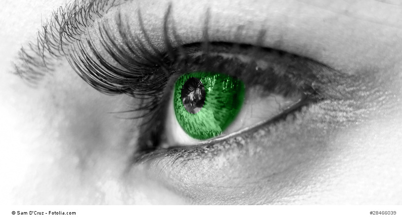 Green Eye - Beautiful, Feminine